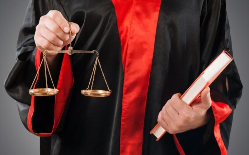 Can Felon Become Lawyers