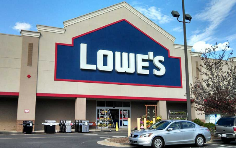Does Lowes Hire Felons?