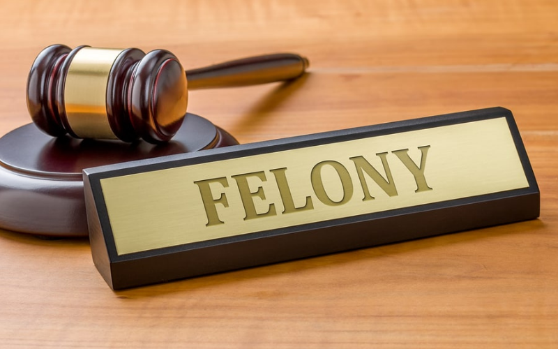 will felony show up after seven year