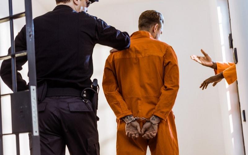 can a felon become a correctional officer