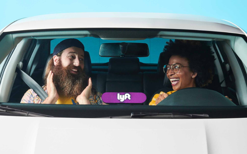 can felons drive for the lyft