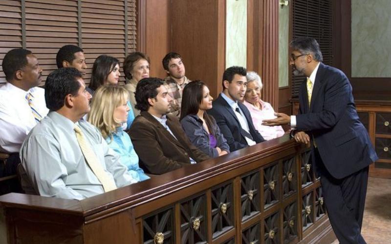 do a felon get jury duty