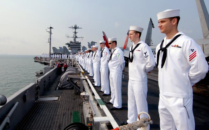 does the navy accept felon 2021