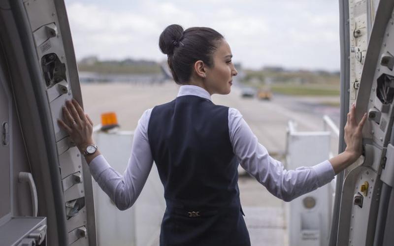 can felon become a flight attendant