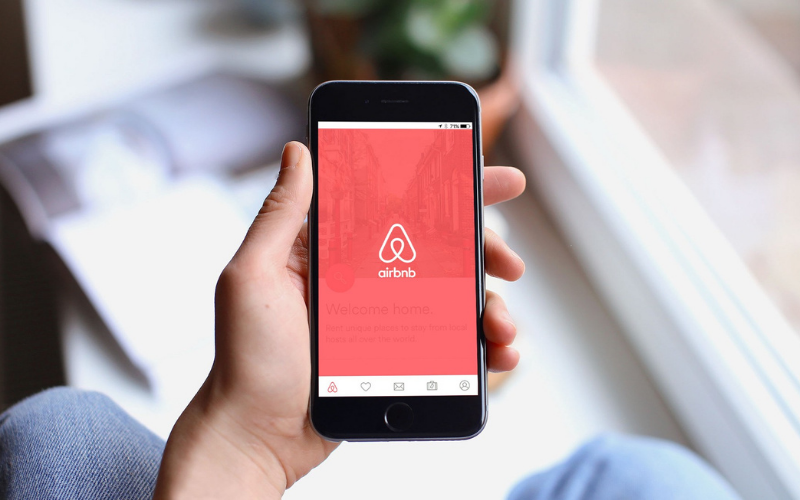 does airbnb run your background check