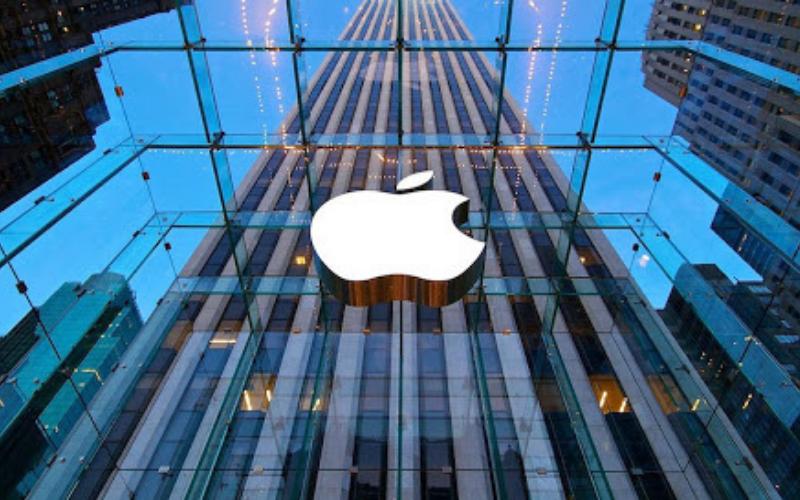 Does Apple Run Background Checks?