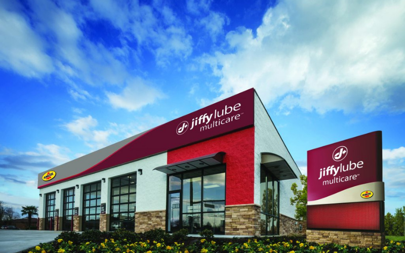 Does Jiffy Lube Hire Felons?