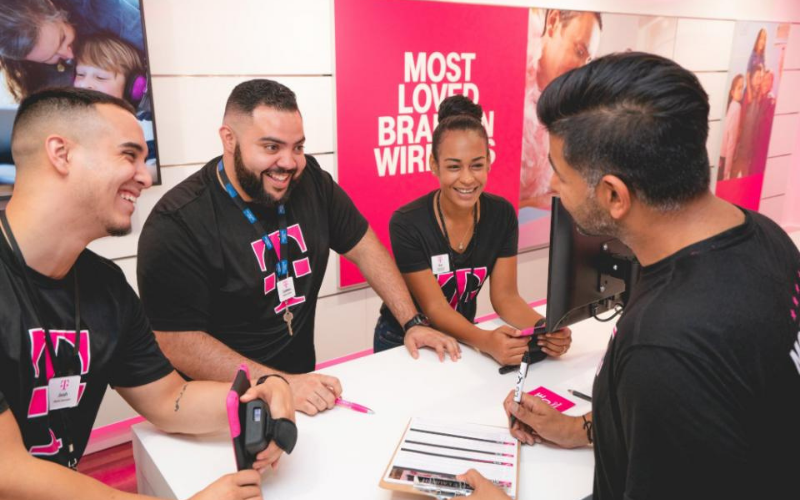 does t mobile hire the felons