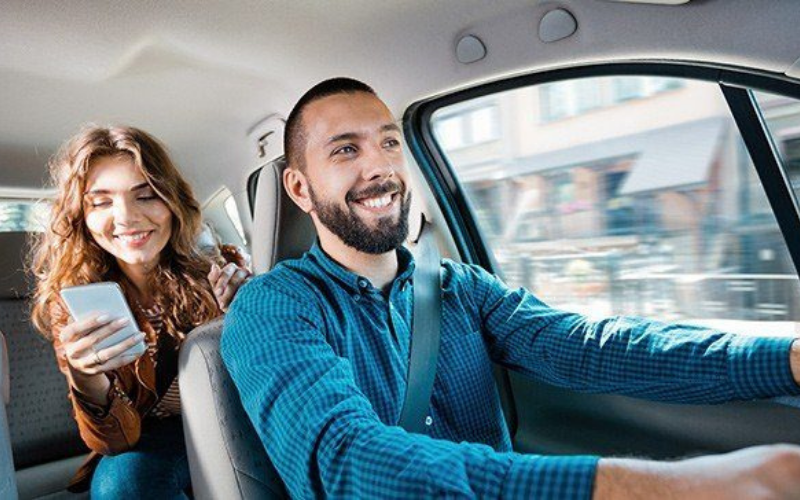 lyft vs uber drivers income