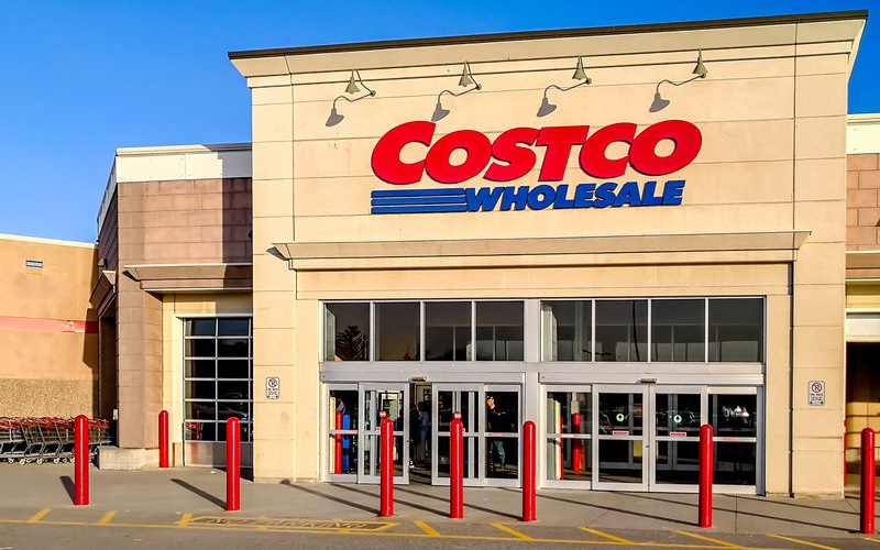 Work requirements and scheduling at Costco