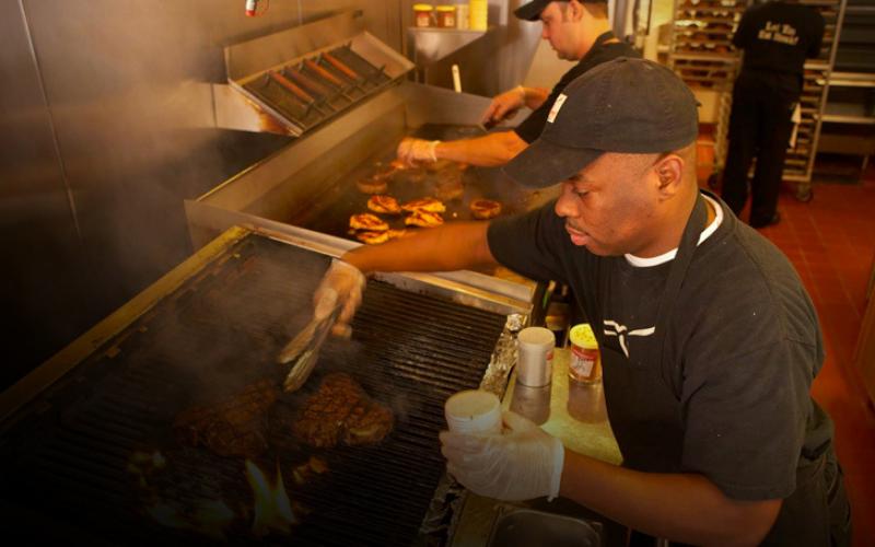 longhorn steakhouse application tips