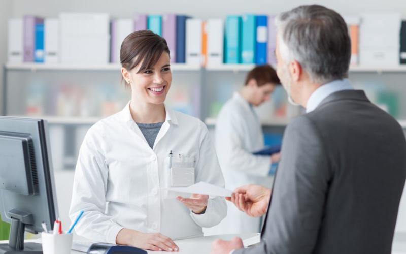 the dental receptionist job description