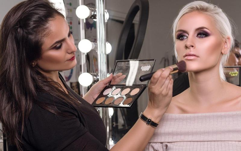 the makeup artist job description