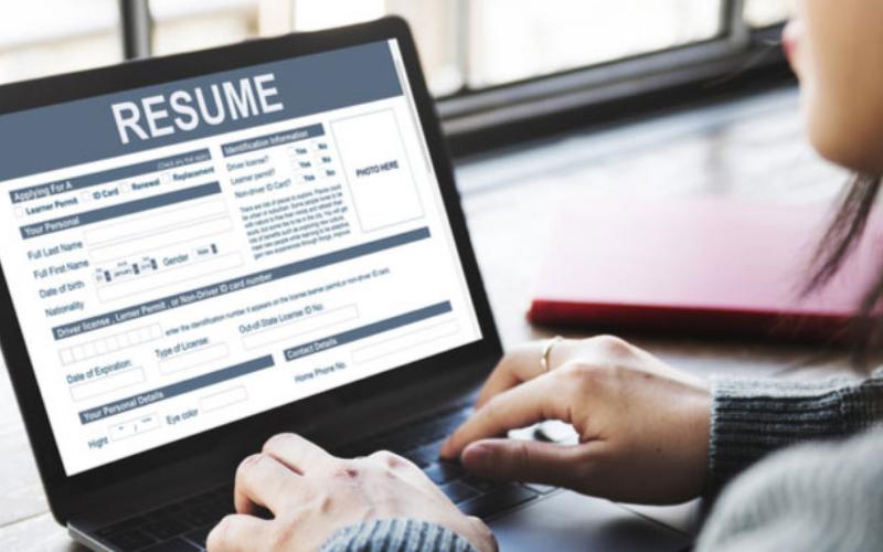 best ways to find a job online and offline