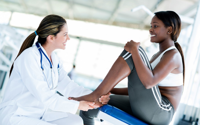 sport medicine physician job description